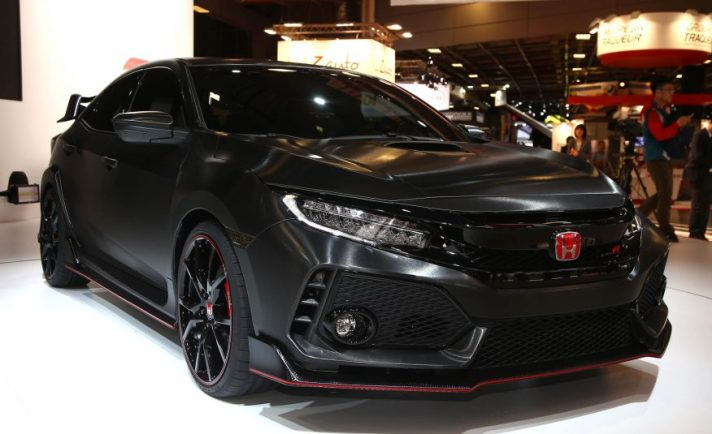 2017-honda-civic-type-r-102-876x535