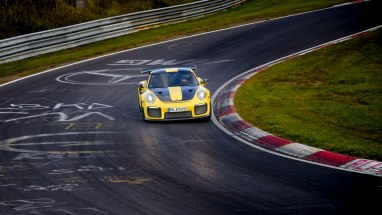high_911_gt2_rs_world_record_nürburgring_2017_porsche_ag (1)