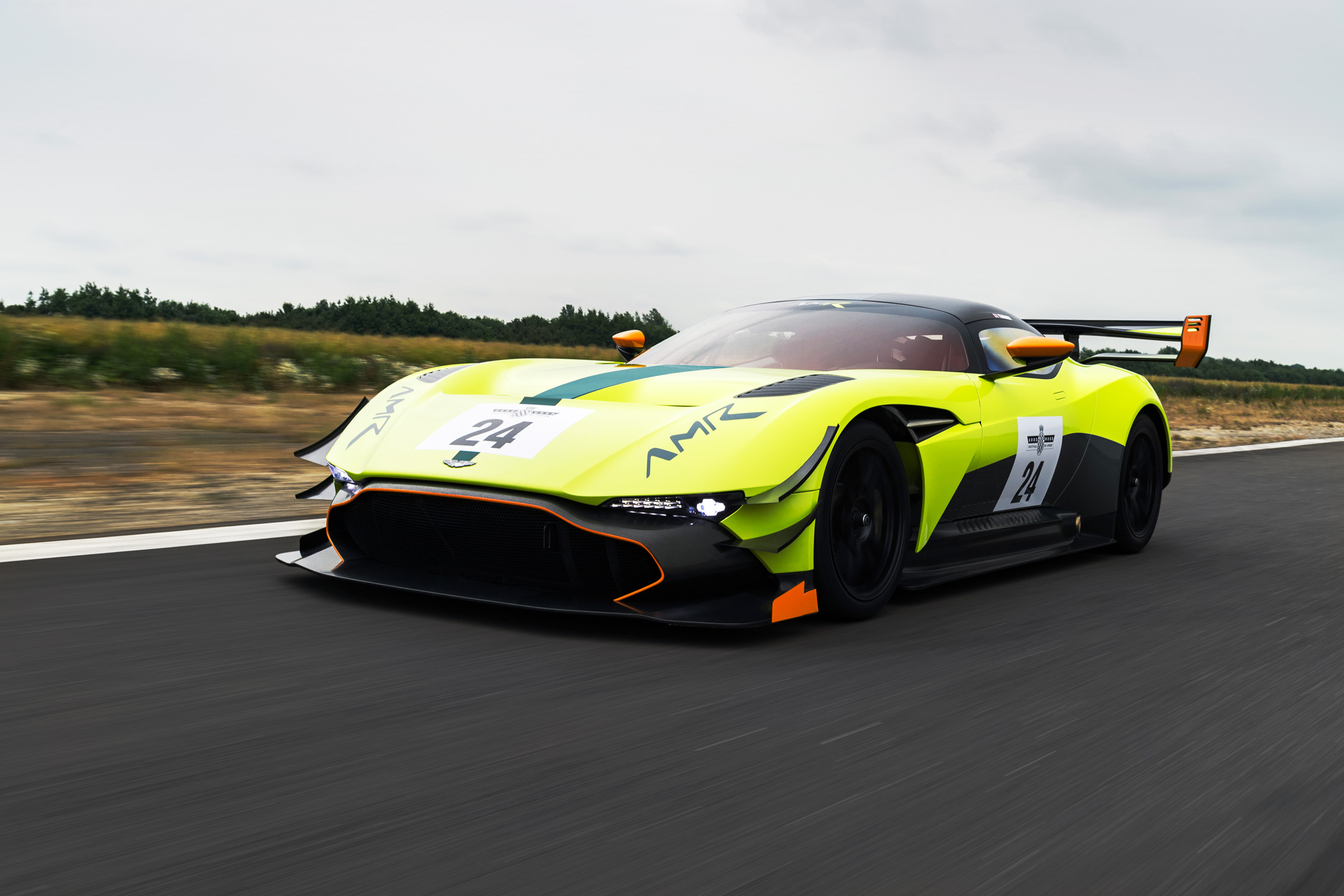 Aston Martin Vulcan Amr Pro Extremely Wild The Auto Loons