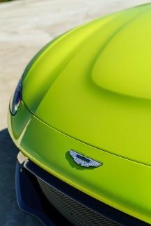 Aston_Martin_VantageLime_Essence13-jpg_7556