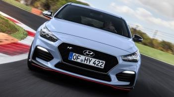 Hyundai-i30_N-2018-1600-27