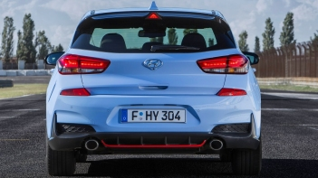 Hyundai-i30_N-2018-1600-2d