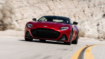 DBS_Superleggera_27769