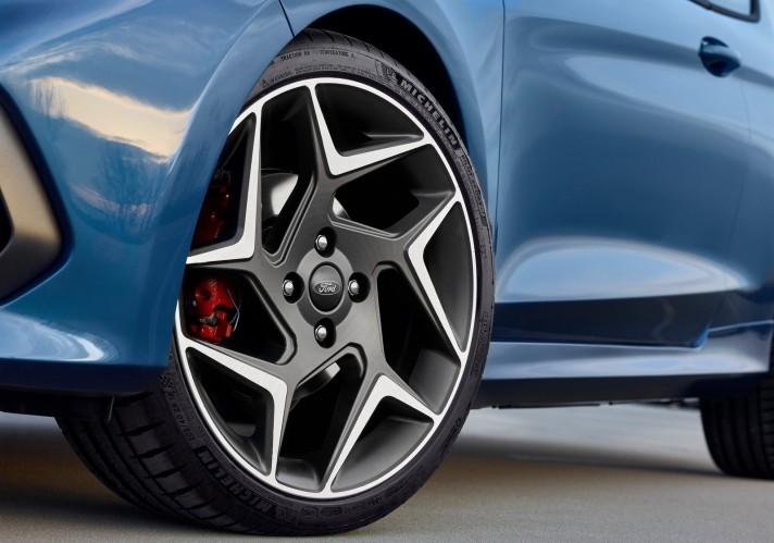 Ford-Fiesta_ST-2018-1600-5d