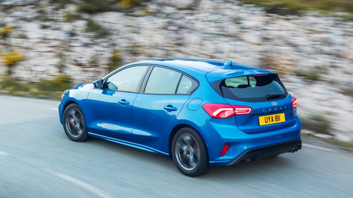 Ford-Focus_ST-Line-2019-1600-27