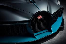 10_Bugatti-Divo_horseshoe