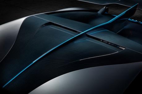 13_Bugatti-Divo_naca-duct