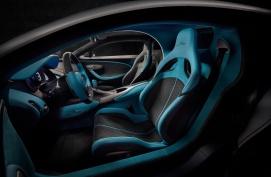 16_Bugatti-Divo_interior
