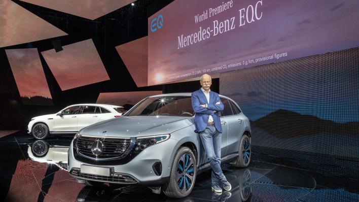 Der neue Mercedes-Benz EQC - der erste Mercedes-Benz der Produkt- und Technologiemarke EQ. Weltpremiere Stockholm 2018.;Stromverbrauch kombiniert: 22,2 kWh/100 km; CO2 Emissionen kombiniert: 0 g/km, Angaben vorläufig* The new Mercedes-Benz EQC - the first Mercedes-Benz under the product and technology brand EQ. World Premiere Stockholm 2018.;combined power consumption: 22.2 kWh/100 km; combined CO2 emissions: 0 g/km, provisional*