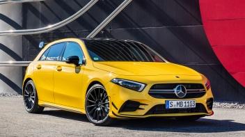 Mercedes-AMG A 35 4MATIC (2018), Sonnengelb;Kraftstoffverbrauch kombiniert: 7,4-7,3 l/100 km, CO2-Emissionen kombiniert: 169-167 g/km* Mercedes-AMG A 35 4MATIC (2018), Sun yellow;Combined fuel consumption: 7.4-7.3 l/100 km, Combined CO2 emissions: 169-167 g/km*