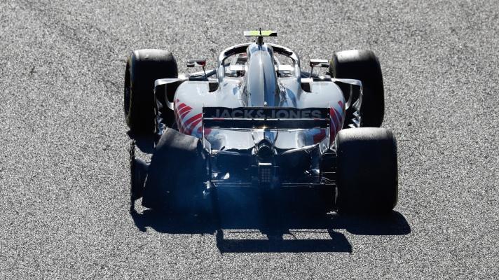 KM-flat-tire-792