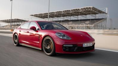 Porsche-Panamera_GTS-2019-1600-3a