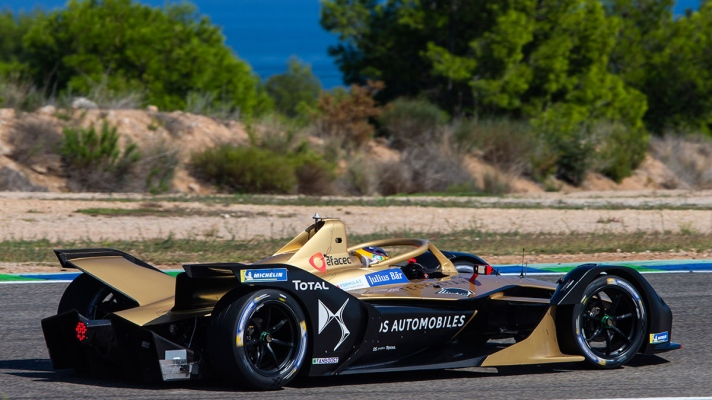 Jean-Eric-Vergne-in-the-DS-E-TENSE-FE19-5
