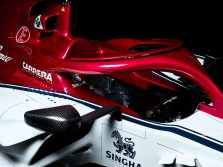 c38_detail_alfaromeoracing_4-2360x1769