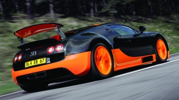 Bugatti-Veyron_Super_Sport-2011-1280-33