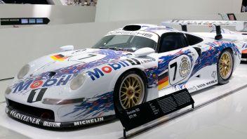 Porsche_911_GT1-96_front-left_Porsche_Museum