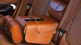 Aston-Martin-DBX_36_Saddle-Bag
