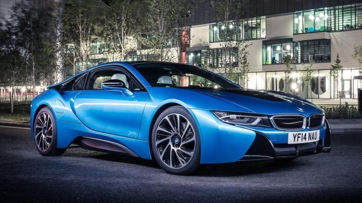 BMW-i8-2015-1280-01