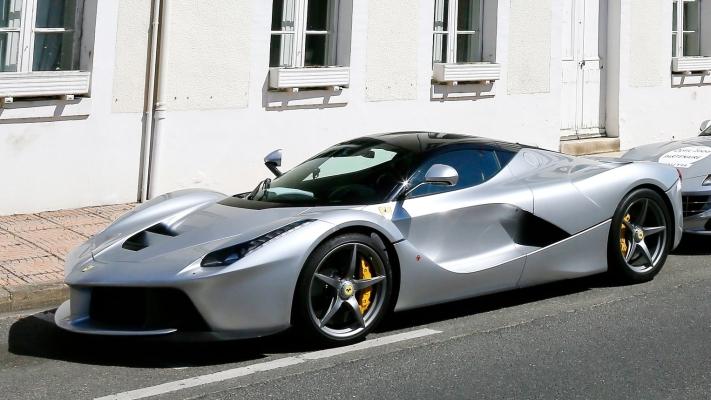 Ferrari-LaFerrari-2014-1600-06