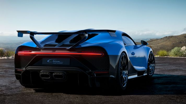 04_chiron-pur-sport_3i4-rear