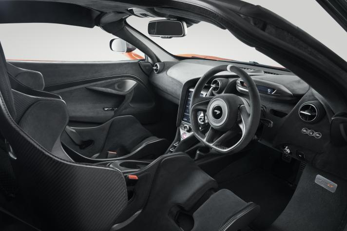 11834-McLaren-765LT