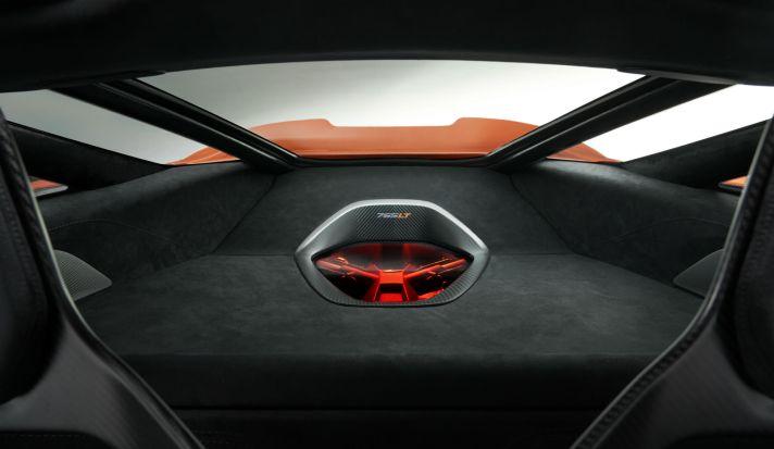 11837-McLaren-765LT